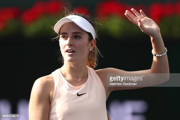Catherine 'Cici' Bellis acknowledges the crowd after her win over Sara Sorribes Tormo of Spain during the BNP Paribas Open at the Indian Wells Tennis...
