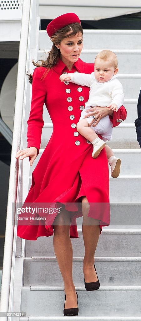 The Duke And Duchess Of Cambridge Tour Australia And New Zealand - Day 1 : News Photo