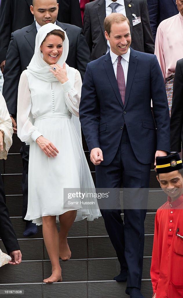 Catherine, Duchess of Cambridge and Prince William, Duke of Cambridge visit Assyakirin Mosque on day 4 of Prince William, Duke of Cambridge and Catherine, Duchess of Cambridge's Diamond Jubilee Tour of the Far East on September 14, 2012 in Kuala Lumpur, Malaysia.