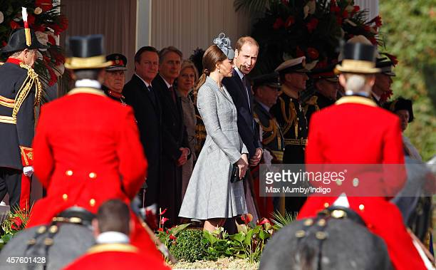 Catherine Duchess of Cambridge and Prince William Duke of Cambridge attend the ceremonial welcome for Singapore's President Tony Tan Keng Yam at the...
