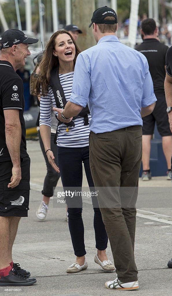 The Duke And Duchess Of Cambridge Tour Australia And New Zealand - Day 5 : News Photo