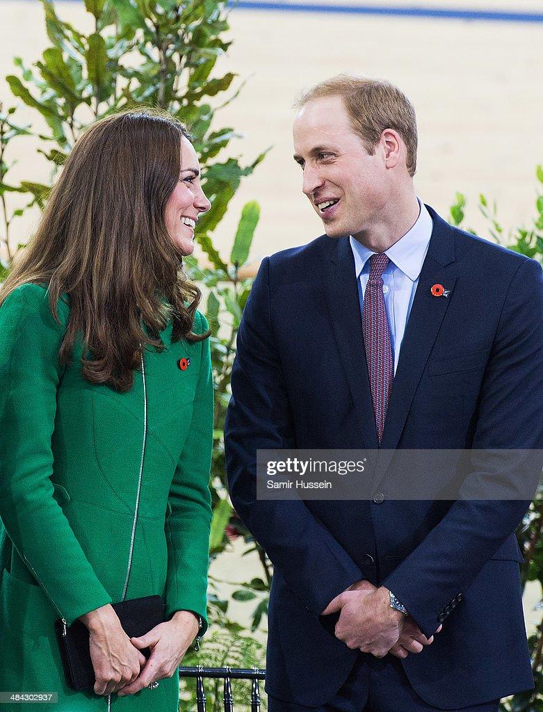 The Duke And Duchess Of Cambridge Tour Australia And New Zealand - Day 6 : News Photo
