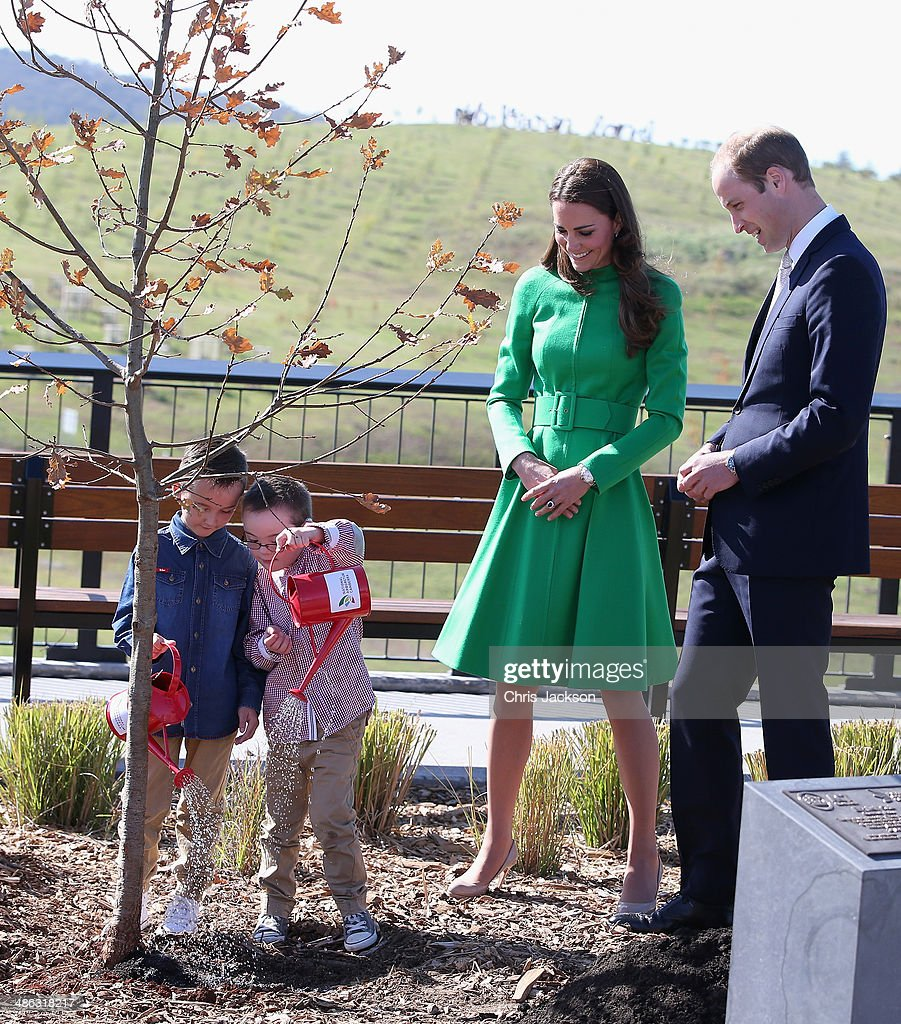 The Duke And Duchess Of Cambridge Tour Australia And New Zealand - Day 18 : News Photo