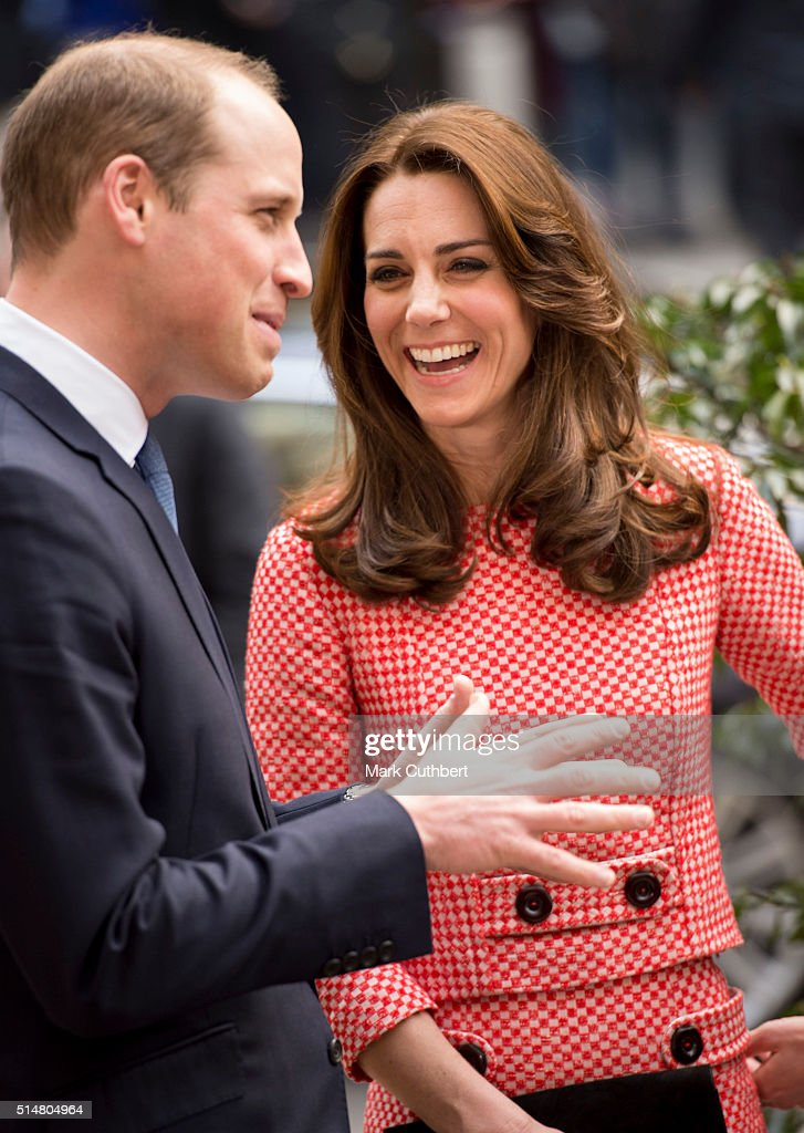 Catherine, Duchess of Cambridge and Prince William, Duke of Cambridge visit the mentoring programme of the XLP project.London Wall on March 11, 2016 in London, England. XLP supports young people who are facing emotional, behavioural and relational challenges. XL-Mentoring programme since 2008.