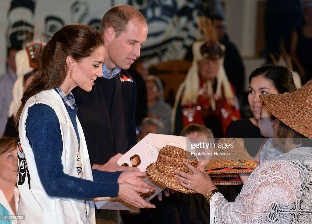 2016 Royal Tour To Canada Of The Duke And Duchess Of Cambridge - Bella Bella And Victoria, British Columbia : News Photo