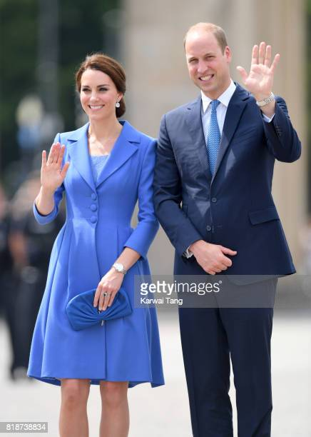 Catherine Duchess of Cambridge and Prince WIlliam Duke of Cambridge visit The Brandenburg Gate on day 3 of their Royal Tour of Poland and Germany on...