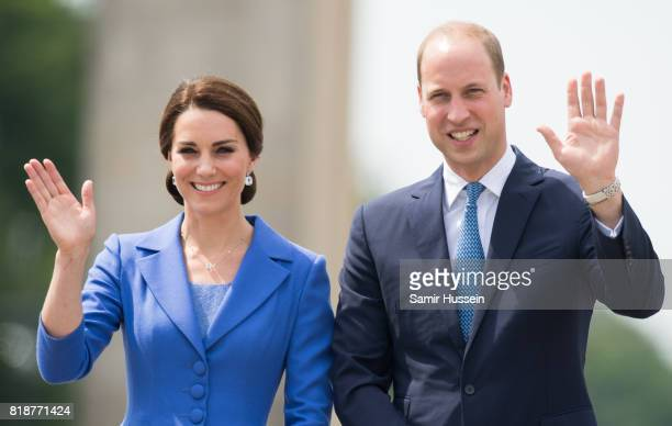 Catherine, Duchess of Cambridge and Prince William, Duke of Cambridge visit the Brandenburg Gate during an official visit to Poland and Germany on...