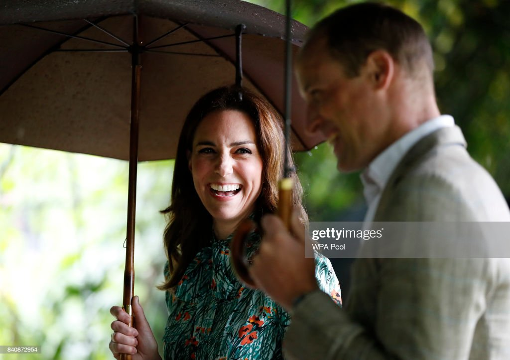 The Duke And Duchess Of Cambridge And Prince Harry Visit The White Garden In Kensington Palace : News Photo