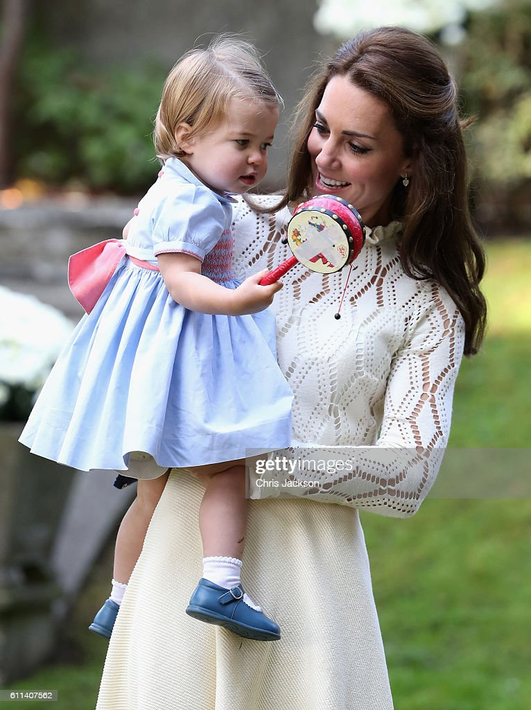 2016 Royal Tour To Canada Of The Duke And Duchess Of Cambridge - Victoria : News Photo