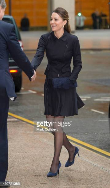 Catherine, Duchess of Cambridge arrives at Clifford Chance for a Place2Be forum at Canary Wharf on November 20, 2013 in London, England.