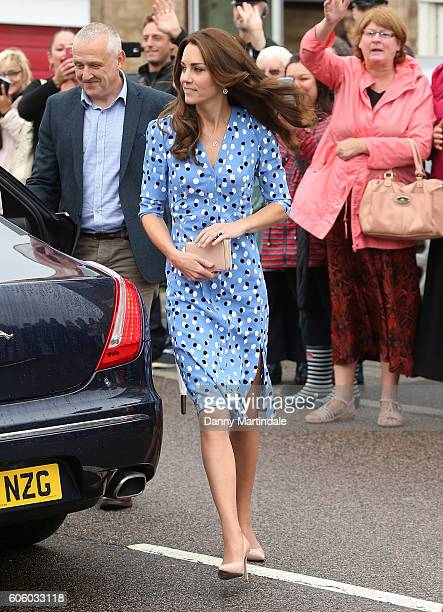 Catherine Duchess of Cambridge arrives at Steward's Academy on September 16 2016 in Harlow England The Duke and Duchess of Cambridge are visiting...