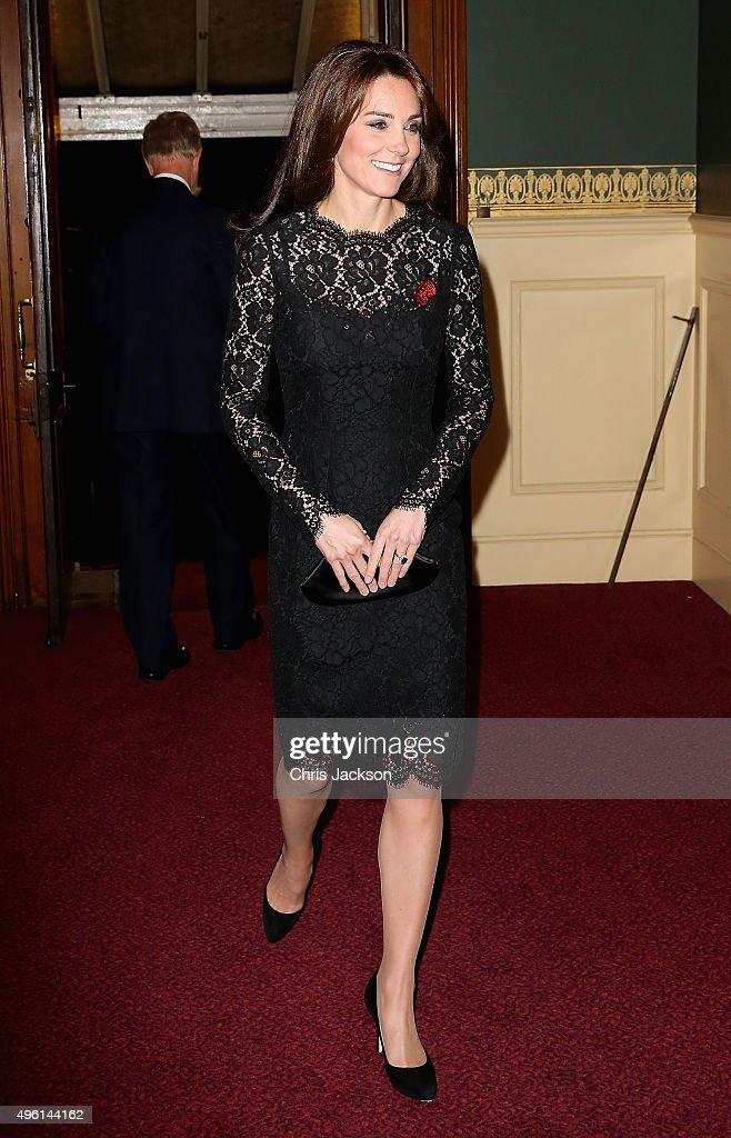 The Royal Family Attend The Annual Festival Of Remembrance : Fotografia de notícias