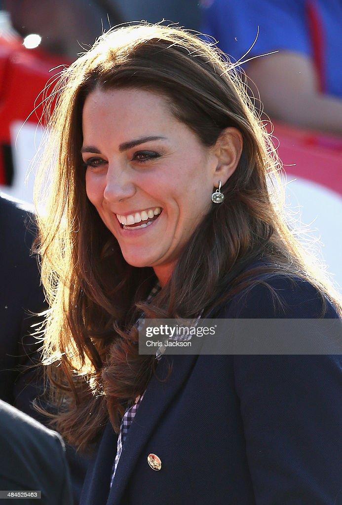 The Duke And Duchess Of Cambridge Tour Australia And New Zealand - Day 7 : News Photo