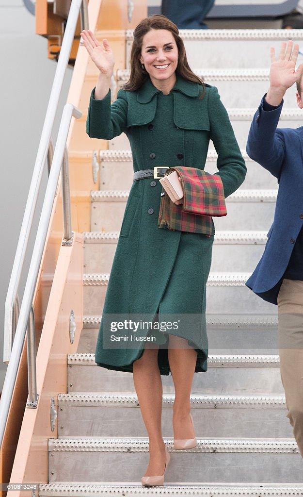 2016 Royal Tour To Canada Of The Duke And Duchess Of Cambridge - Kelowna, British Columbia And Whitehorse, Yukon