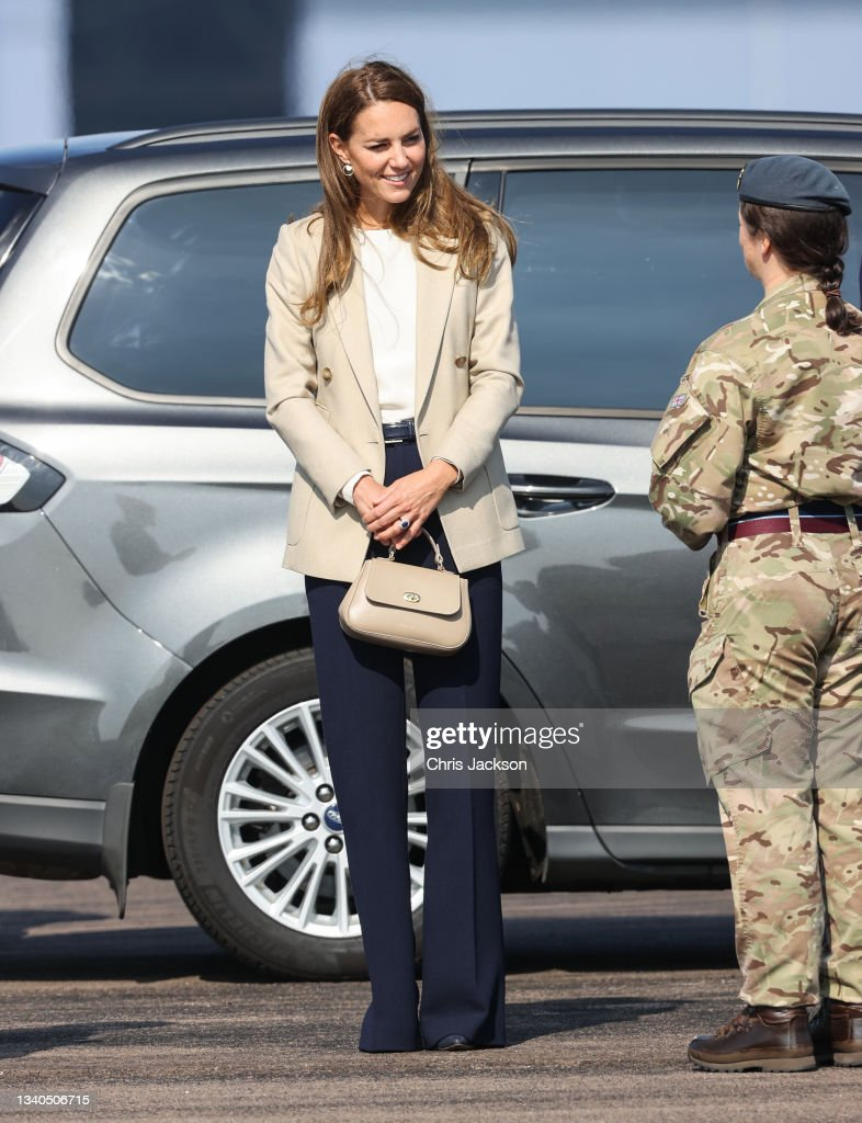 The Duchess Of Cambridge Meets Those Involved In The Evacuation Of Afghanistan : News Photo