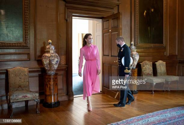 Catherine, Duchess of Cambridge arrives to meet with Mila Sneddon, aged five, and her family, at the Palace of Holyroodhouse on May 27, 2021 in...