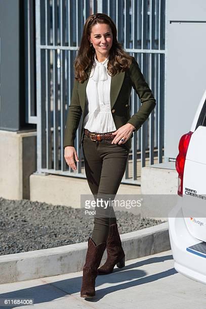 Catherine Duchess of Cambridge arrives to officially open the new Haida Gwaii Hospital on September 30 2016 in Haida Gwaii Canada Prince William Duke...