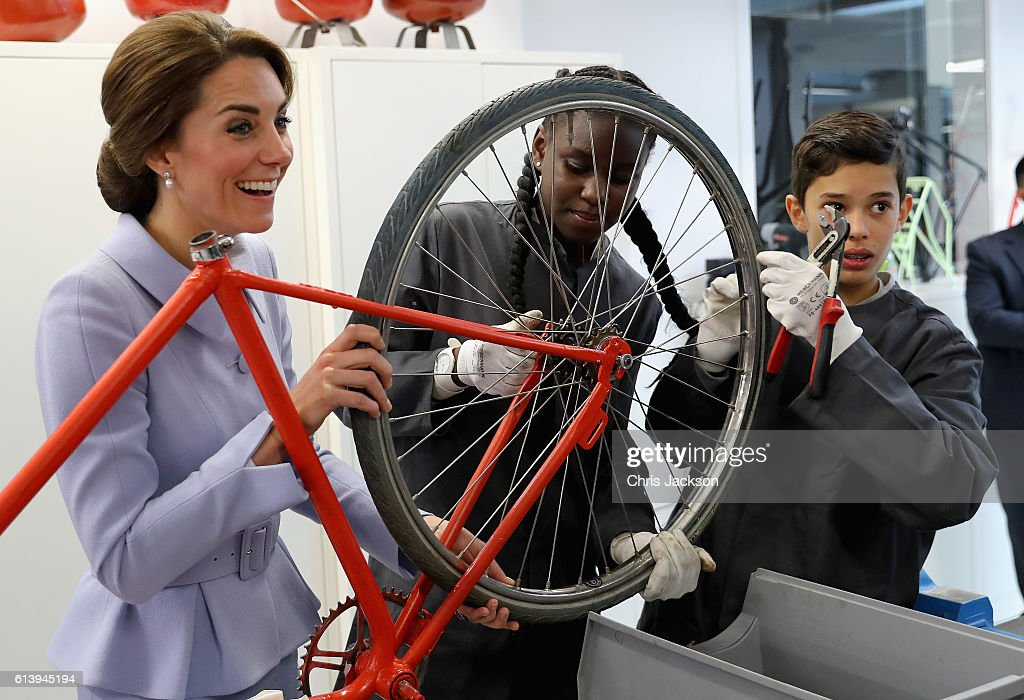 Catherine, Duchess of Cambridge attends a 'bike-building' class at Bouwkeet workshop project for teenagers on October 11, 2016 in Rotterdam, Netherlands