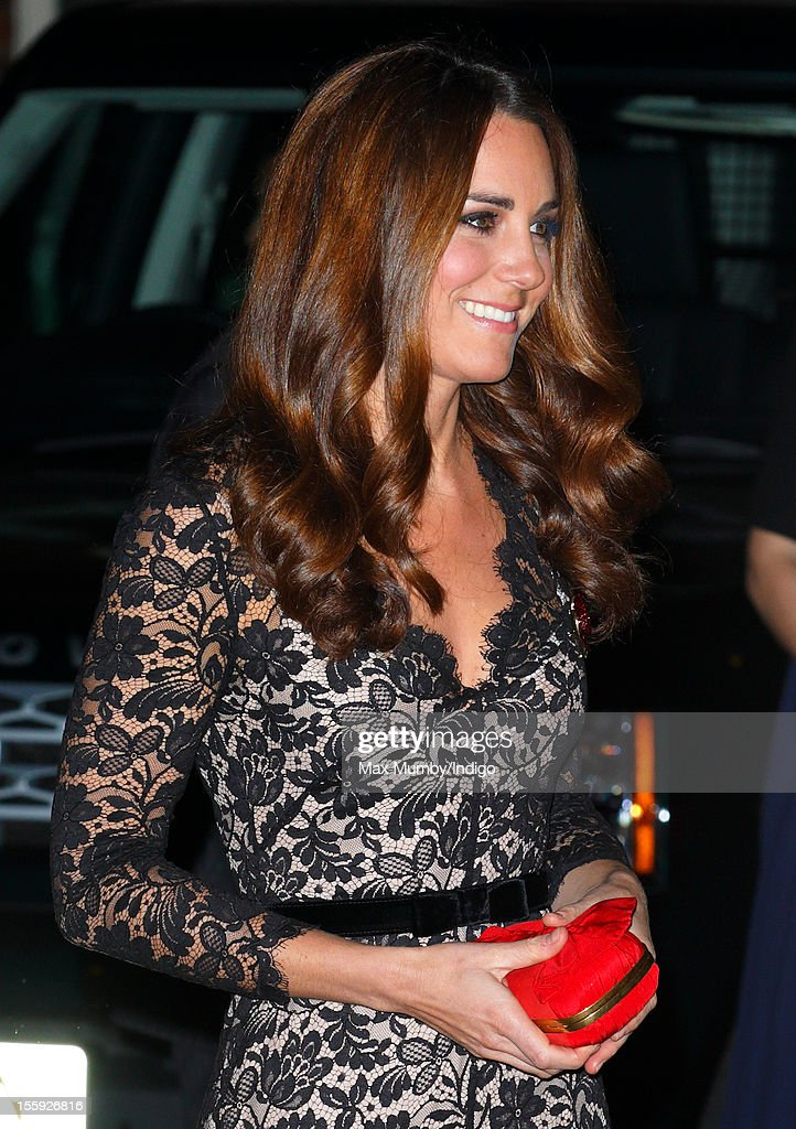 Catherine, Duchess of Cambridge attends a gala dinner in aid of the University of St. Andrews 600th Anniversary Campaign at Middle Temple Hall on November 08, 2012 in London, England.