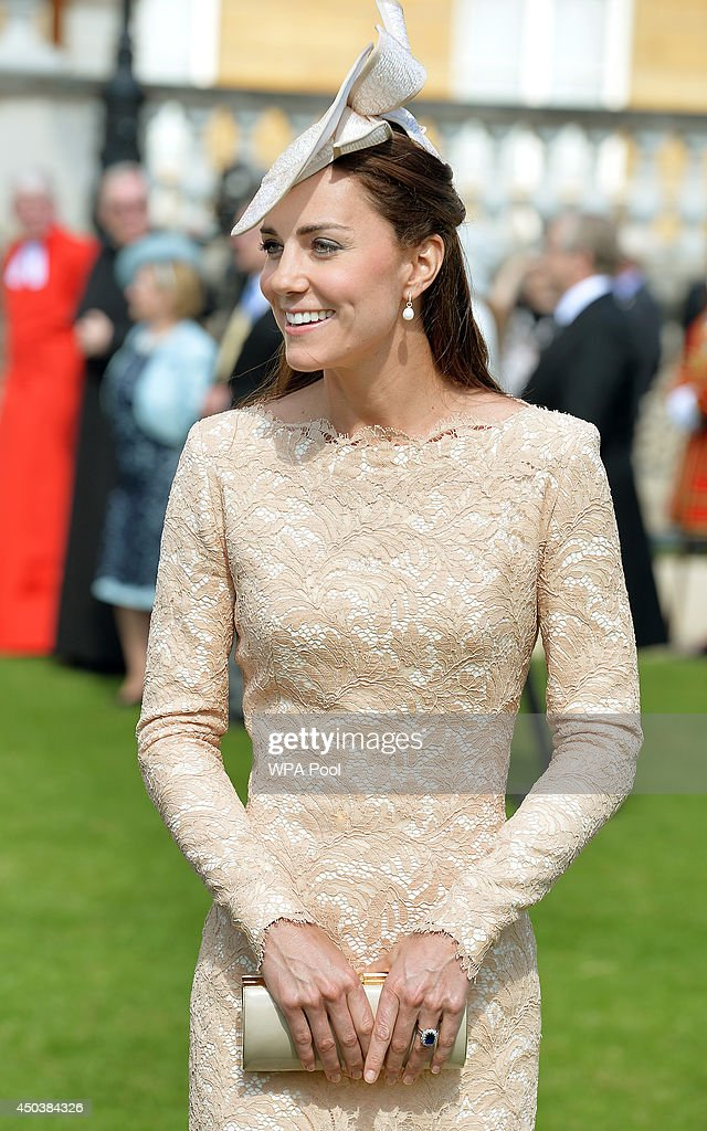 Catherine, Duchess of Cambridge attends a garden party held at Buckingham Palace on June 10, 2014 in London, England.