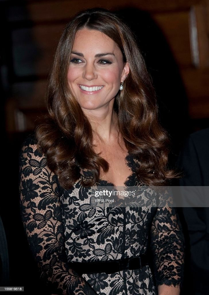Catherine, Duchess of Cambridge attends a Reception and Dinner in aid of the University of St. Andrews 600th Anniversary Appeal at Middle Temple Hall on November 8, 2012 in London, England. Their Royal Highnesses will meet a selection of current students, staff and alumni of the university during a reception before dinner. The Duke, as Patron of the appeal, will also deliver a short speech.