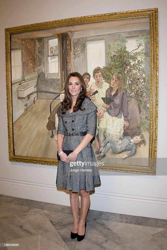 The Duchess of Cambridge Visits Lucian Freud Portraits Exhibition : News Photo