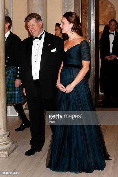 Catherine Duchess of Cambridge attends the St Andrews 600th Anniversary Dinner at Metropolitan Museum of Art on December 9 2014 in New York City The...