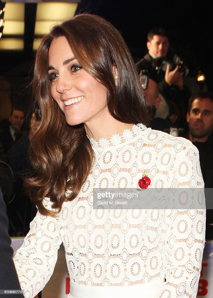 "The Duchess Of Cambridge Attends UK Premiere Of ""A Street Cat Named Bob"" In Aid Of Action On Addiction - VIP Arrivals : News Photo"