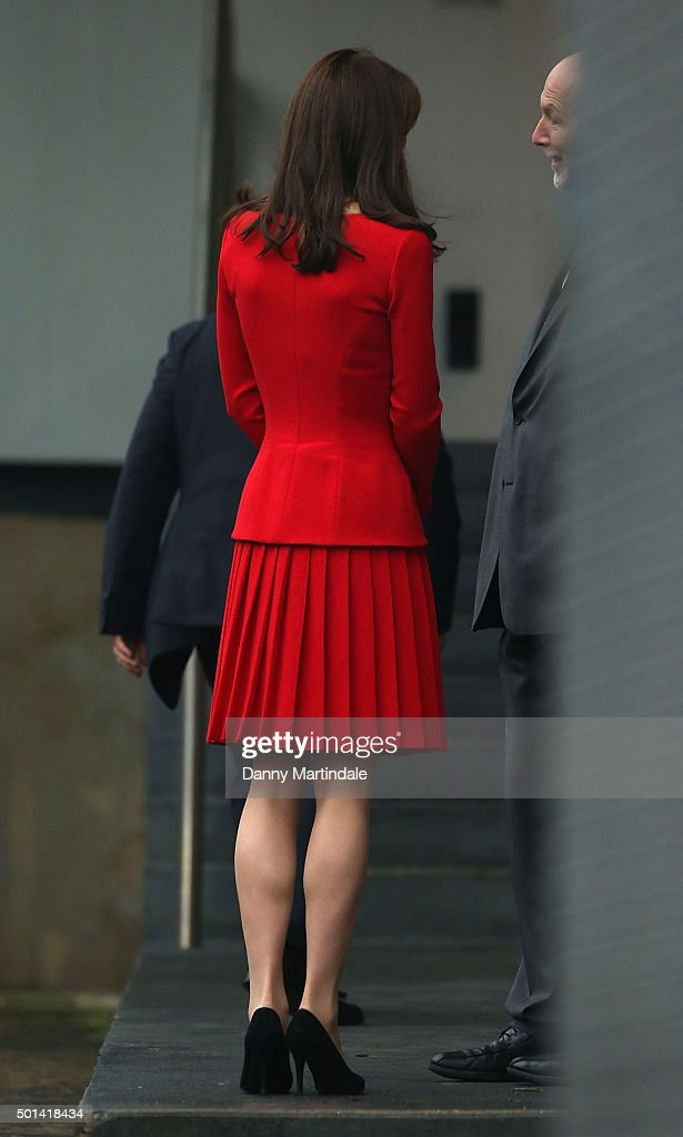 The Duchess Of Cambridge Attends The Anna Freud Centre Family School Christmas Party : Foto jornalística