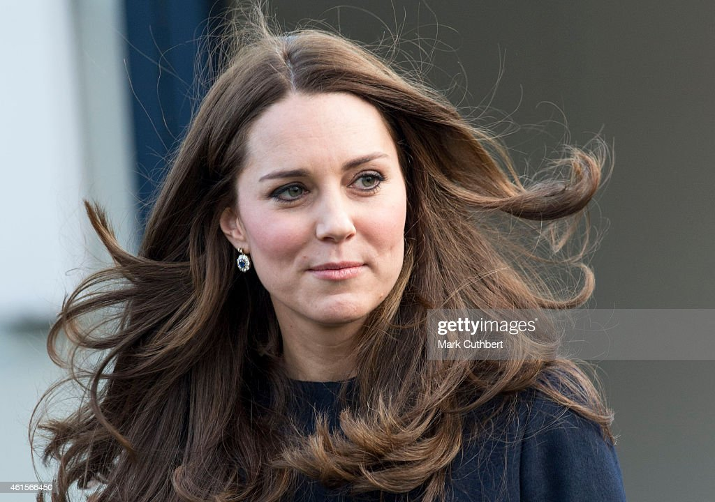 Catherine, Duchess of Cambridge departs Barlby Primary School on January 15, 2015 in London, England. The Duchess of Cambridge is visiting the Clore Art Room at Barlby School to support the charity 'The Art Room' of which she is patron.