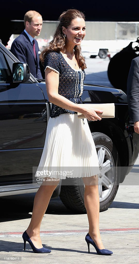 The Duke and Duchess of Cambridge Depart Los Angeles : News Photo