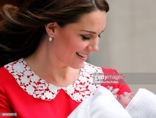 Catherine Duchess of Cambridge departs the Lindo Wing of St Mary's Hospital with her newborn baby son on April 23 2018 in London England The Duchess...