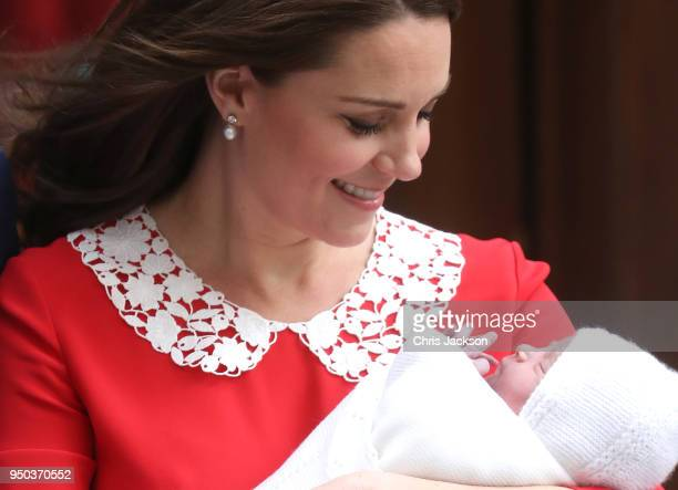 Catherine Duchess of Cambridge departs the Lindo Wing with her newborn son Prince Louis of Cambridge at St Mary's Hospital on April 23 2018 in London...