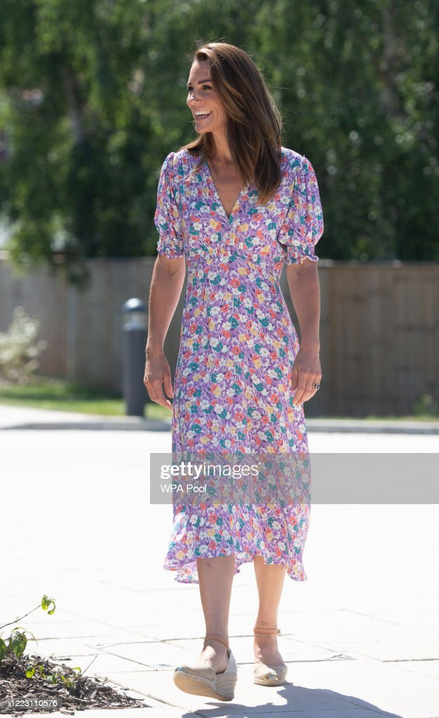 Duchess of Cambridge Delivers Plants To EACH Hospice : Fotografia de notícias