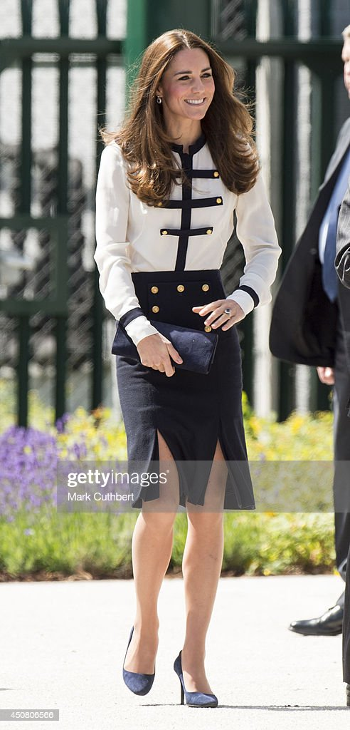 The Duchess Of Cambridge Visits Bletchley Park : Nachrichtenfoto