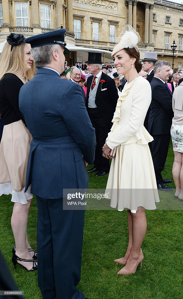 The Queen's Garden Party At Buckingham Palace : News Photo