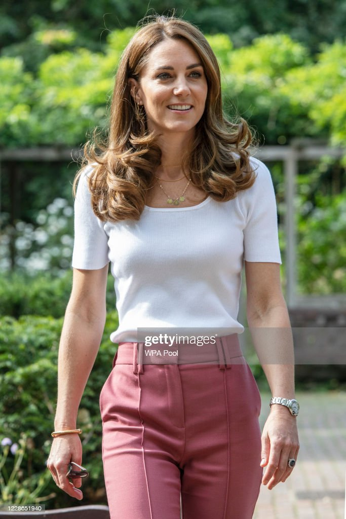 The Duchess of Cambridge Meets Families And Key Organisations To Discuss Parent Wellbeing : Foto di attualità