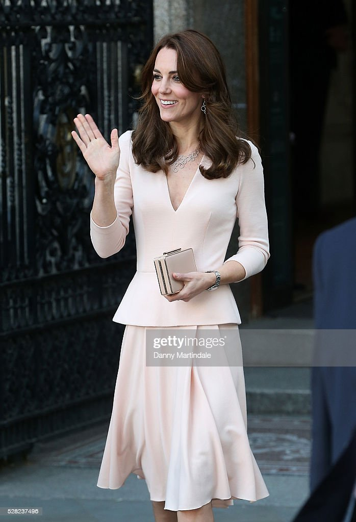 """The Duchess Of Cambridge Visits The """"Vogue 100: A Century Of Style"""" Exhibition : News Photo"""