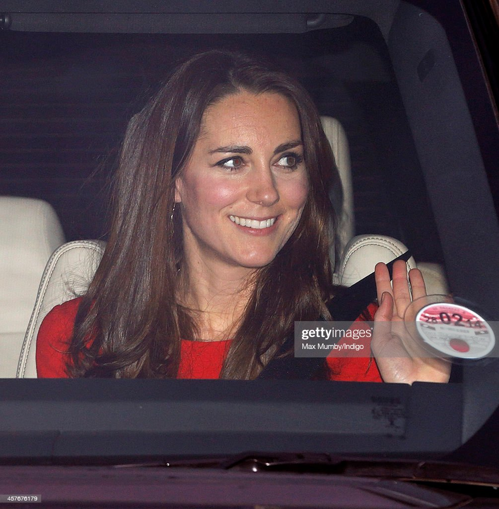 Members Of The Royal Family Arrive At Buckingham Palace For Christmas Lunch Hosted By The Queen : News Photo