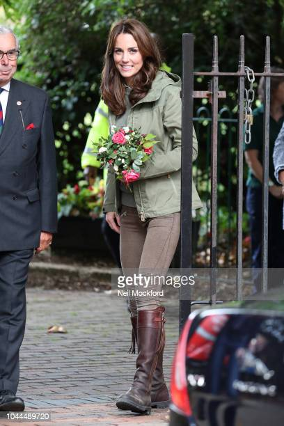 Catherine Duchess of Cambridge leaving a visit to Sayers Croft Forest School and Wildlife Garden on October 2 2018 in London England Sayers Croft is...