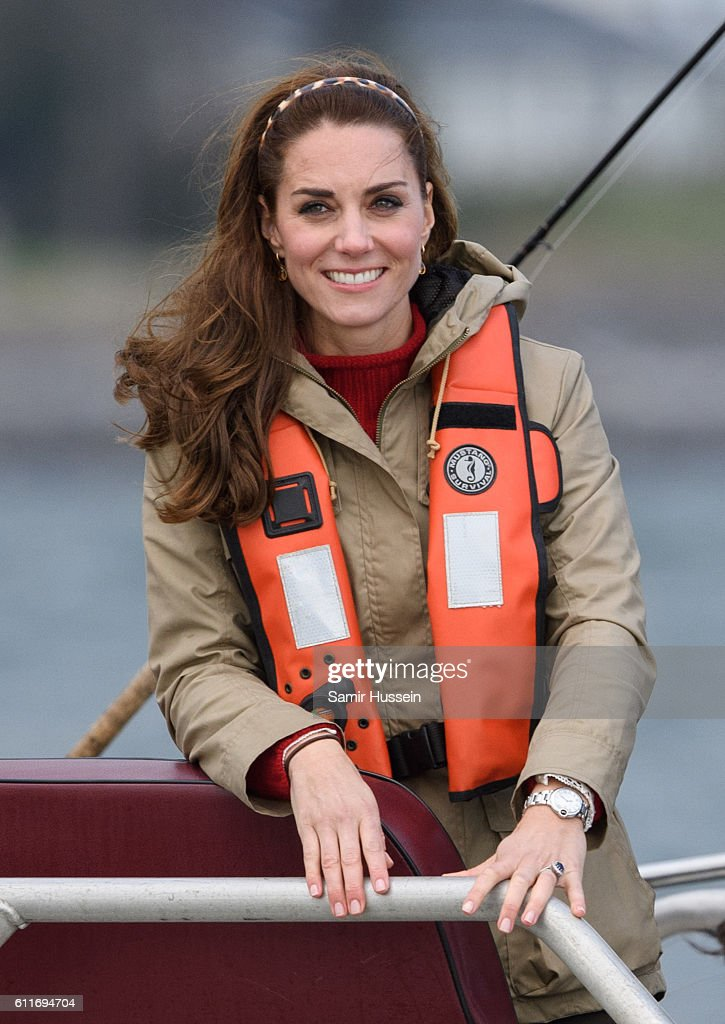 2016 Royal Tour To Canada Of The Duke And Duchess Of Cambridge - Haida Gwaii, British Columbia : Fotografía de noticias