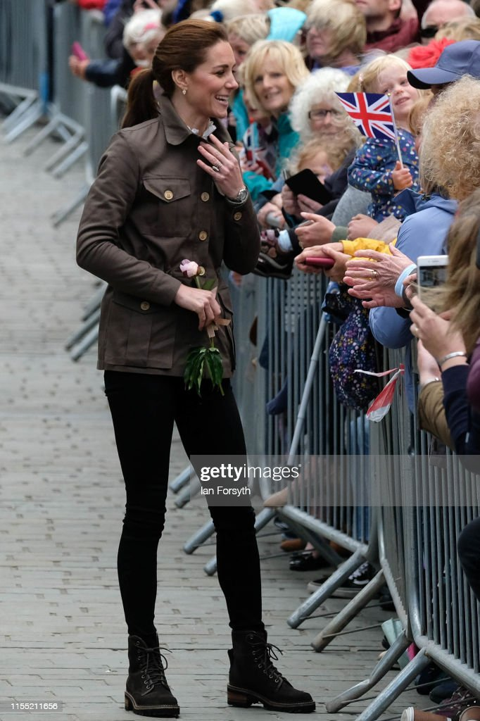 The Duke And Duchess Of Cambridge Visit Cumbria : Nachrichtenfoto