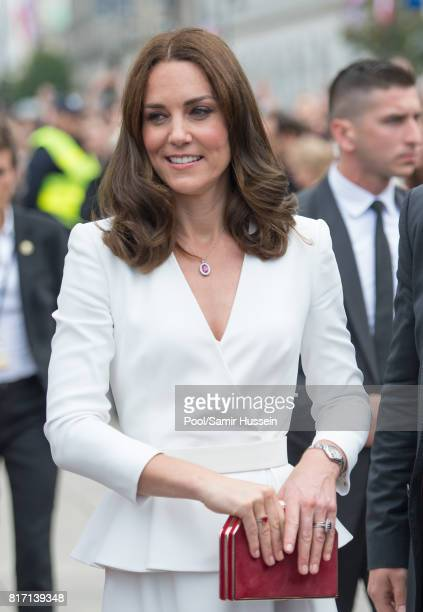 Catherine Duchess of Cambridge meets wellwishers during a visit with Prince William Duke of Cambridge to the Presidential Palace during an official...