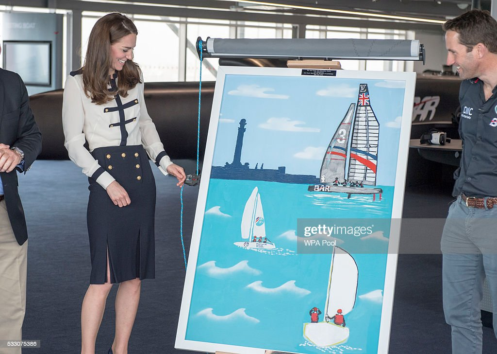 The Duchess of Cambridge Visits Land Rover BAR And The 1851 Trust : ニュース写真