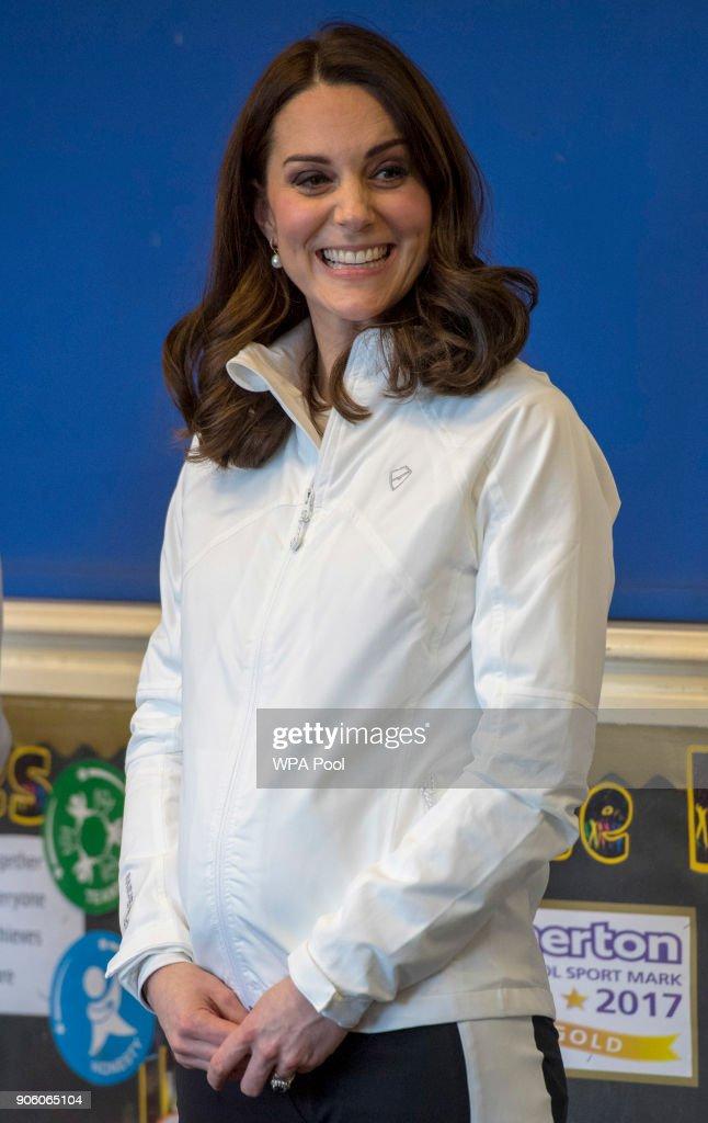 The Duchess of Cambridge Visits The Wimbledon Junior Tennis Initiative : News Photo