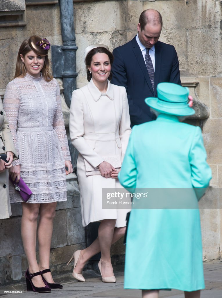 The Royal Family Attend Easter Day Service In Windsor : Nachrichtenfoto