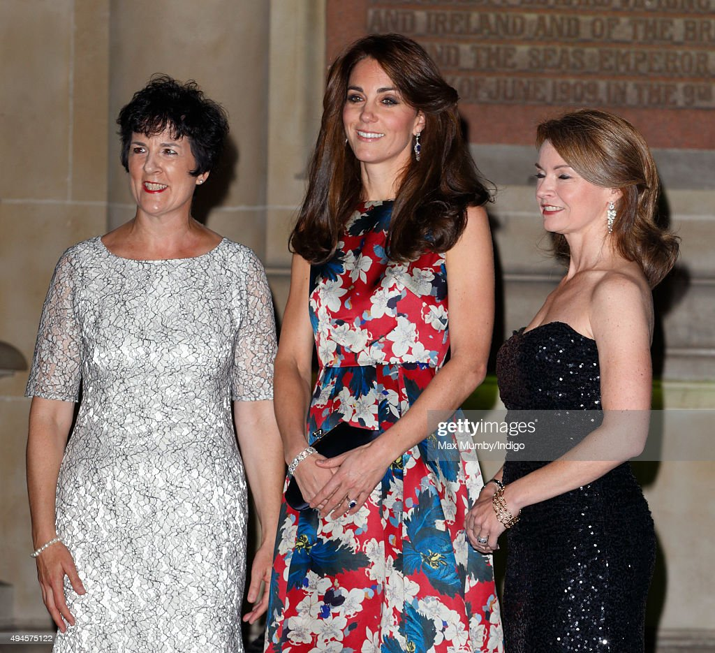 100 Women In Hedge Funds Gala Dinner In Aid Of The Art Room : News Photo