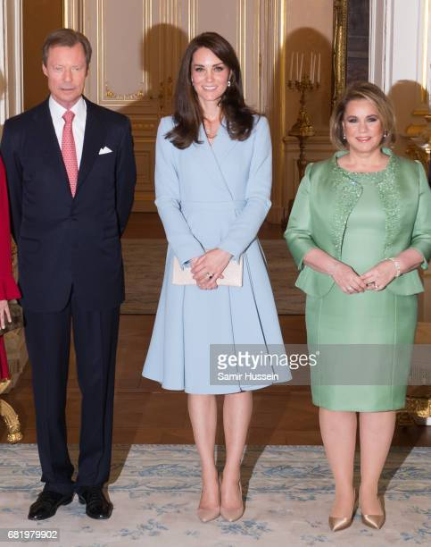 Catherine Duchess of Cambridge poses with Henri Grand Duke of Luxembourg and Maria Teresa Grand Duchess of Luxembourg during a visit to the Grand...