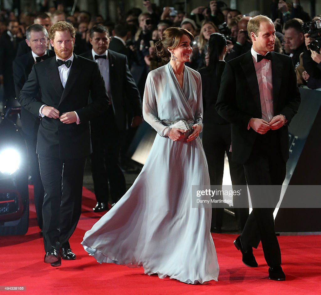 "Royal Film Performance: ""Spectre"" : News Photo"