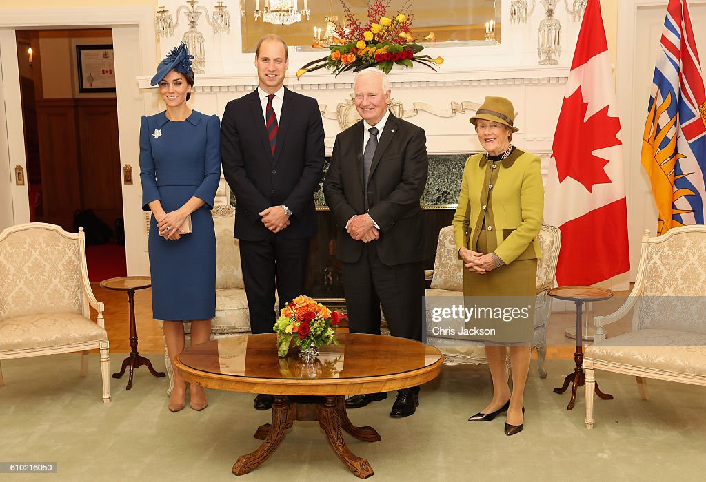 Catherine, Duchess of Cambridge, Prince William, Duke of Cambridge with David Johnston, Governor General of Canada and his wife Sharon Johnston at Governement House on September 24, 2016 in Victoria, Canada. Prince William, Duke of Cambridge, Catherine, Duchess of Cambridge, Prince George and Princess Charlotte are visiting Canada as part of an eight day visit to the country taking in areas such as Bella Bella, Whitehorse and Kelowna.